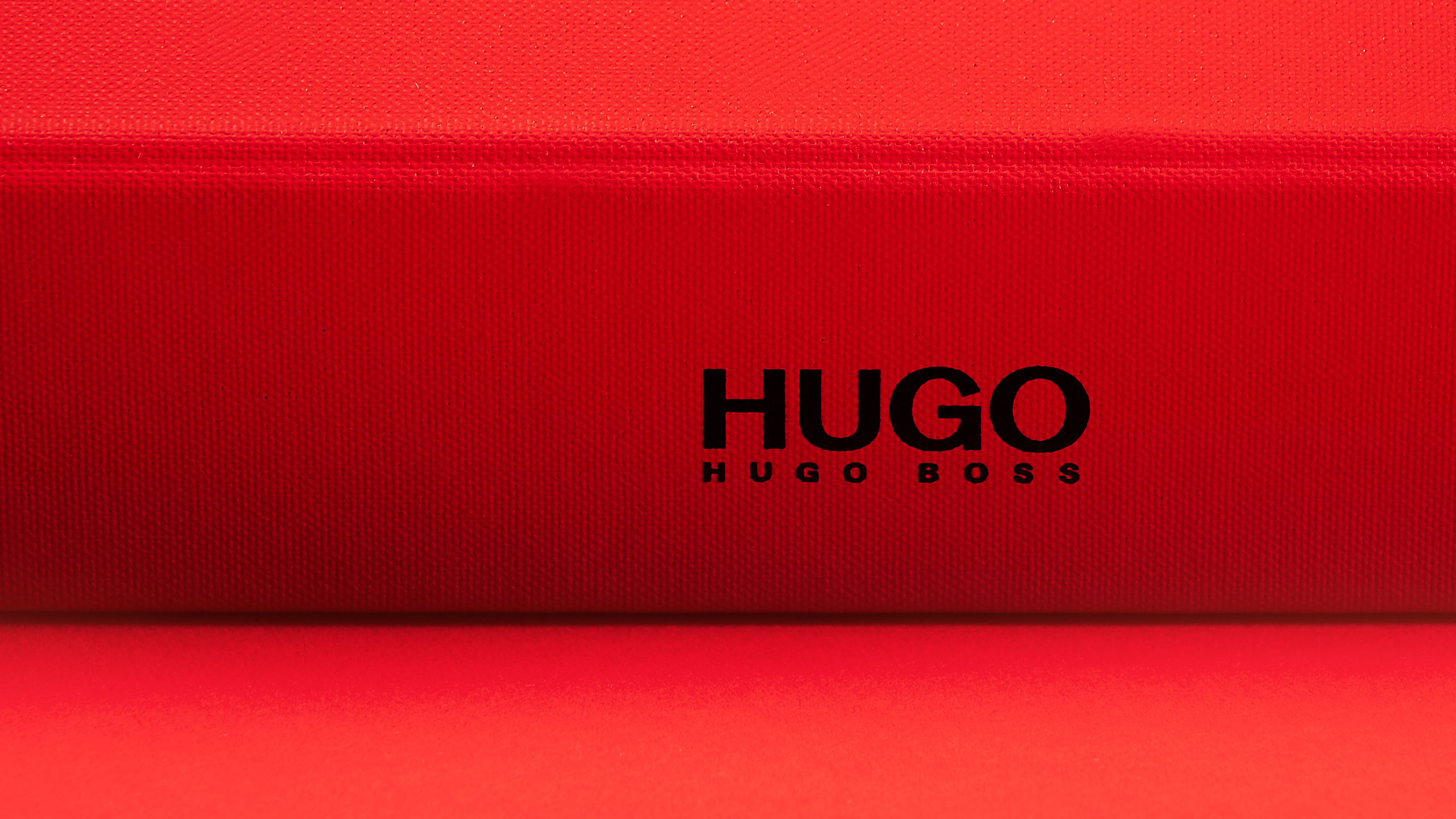 Hugo_Layout_5_2560 x1440